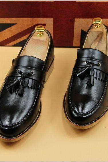 New Handmade men.s fashion black brogue Tassels moccasins shoes Men dress shoes
